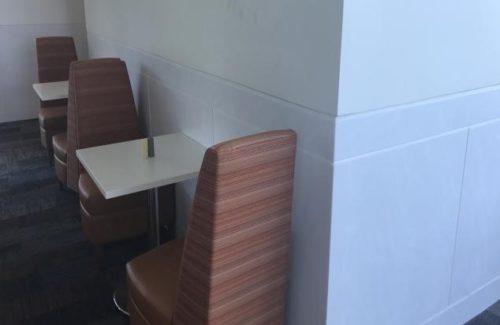 Corian Venaro White Wall Panels In Dining Area