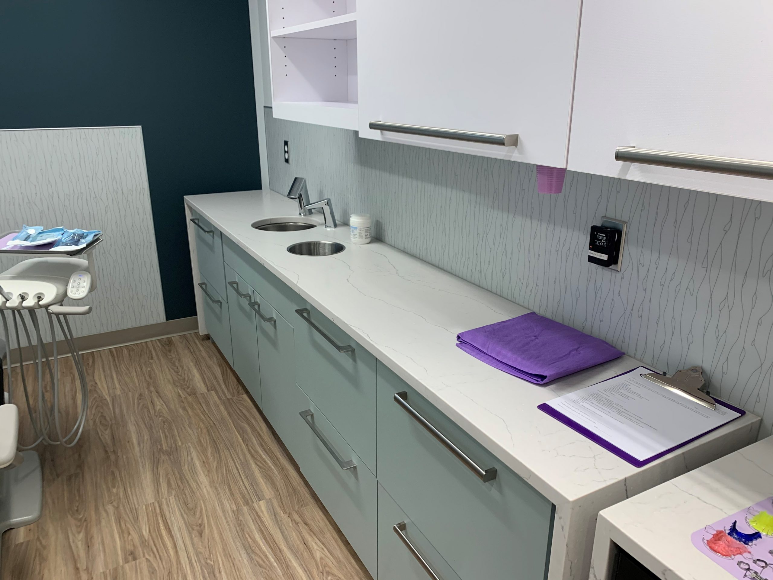 Countertop In Dentistry Office